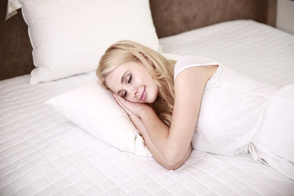 טיפים לבחירת מיטת שינה איכותית